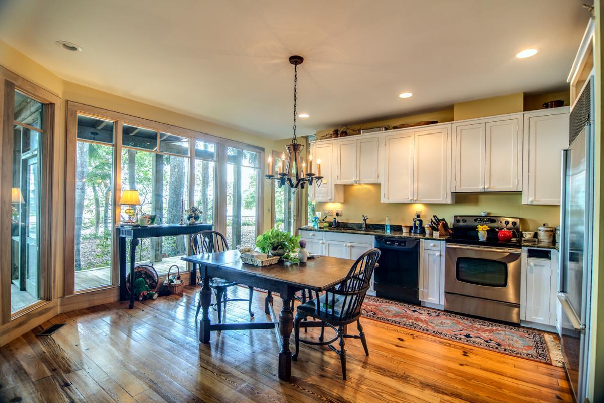 Ristrutturare Un Tetto Quanto Costa quanto costa ristrutturare la cucina di casa?