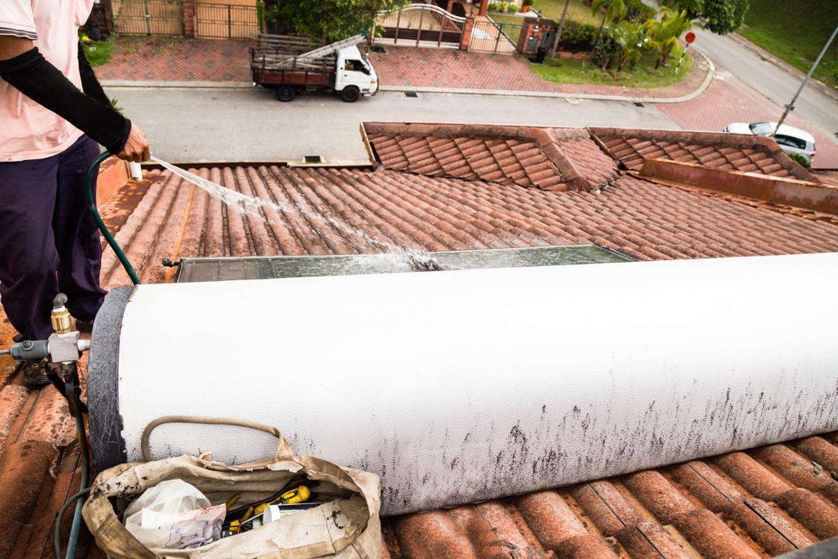 Ristrutturare Un Tetto Quanto Costa quanto costa pulizia del tetto a taranto?